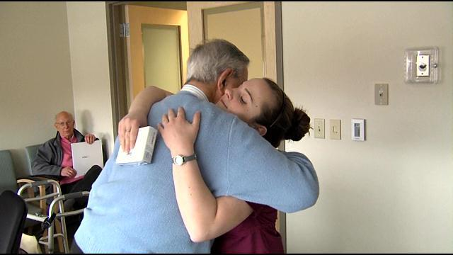 Waitress Receives Life-Changing Tip From Local Big-Hearted Philanthropist