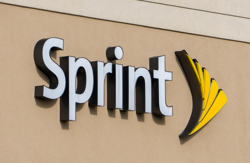 A photo of the Sprint logo.